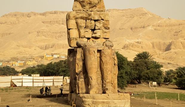 LADISLAV ZELINKA: SKRÝVÁ EGYPTSKÝ SYMBOLISMUS ZÁKONITOSTI PUTOVÁNÍ LIDSKÉ DUŠE?