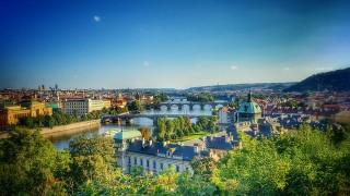 Druhá fáze vytváření světelného sloupu Prostřední energetický kruh je Pražský hrad, Staroměstská, Jezulátko- Petřín