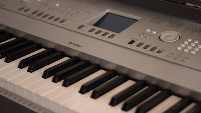 Vliv hudby na lidské zdraví III: Je rozdíl v hudbě laděné na frekvenci 440 Hz a 432 Hz?