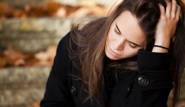 ERIEN AZARIN: ODKUD SE BERE NÁŠ NEÚSPĚCH A JAK JE MOŽNÉ BÝT NĚČÍM, CO V PODSTATĚ ČLOVĚKU ŠKODÍ?