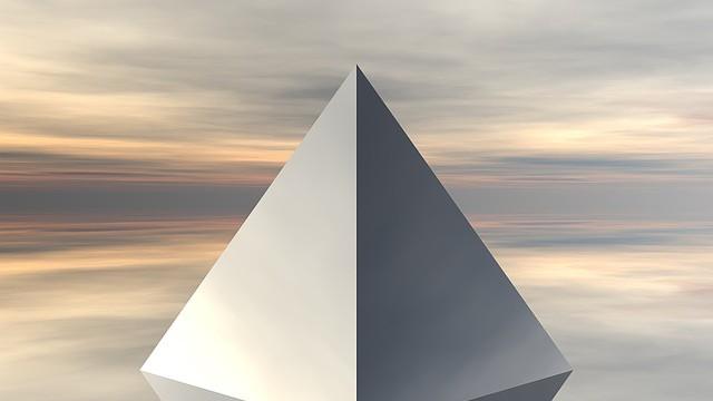 Léčivá pyramida u hradu Choustník má kosmický program
